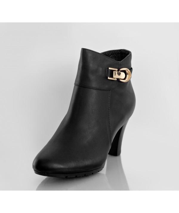 Sasha Black Black pointed heel ankle boots